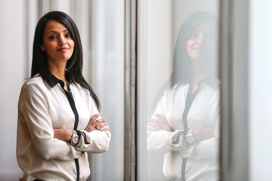 Sawsan Chebli (40) bei einem Foto anlässlich ihrer Ernennung zur Vize-Sprecherin des Auswärtigen Amtes am 24. Januar 2014 in Berlin.