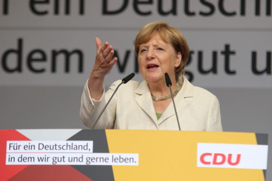 Merkels Wahlkampfauftritt in Quedlinburg wurde erheblich gestört.