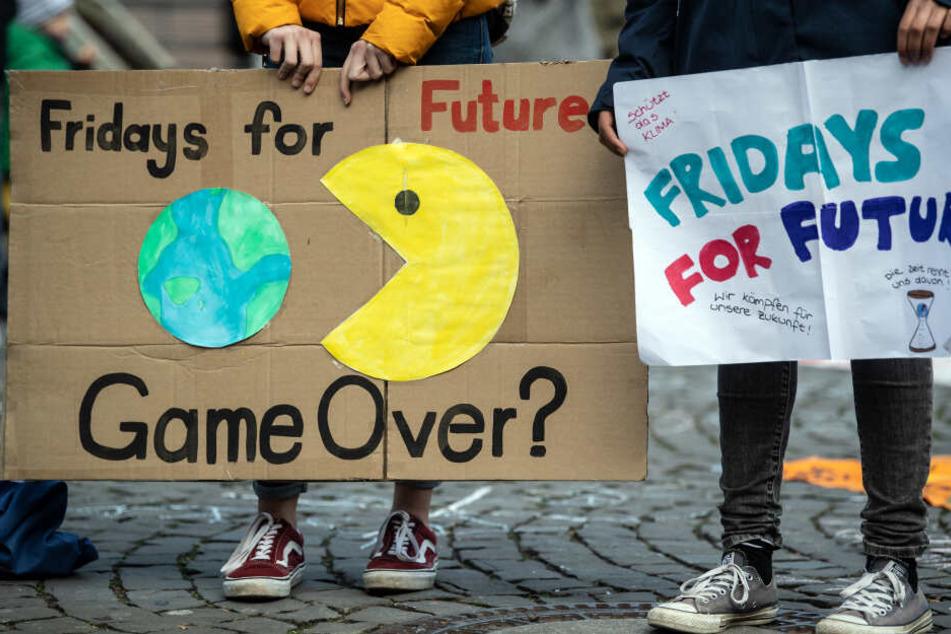 """Auch """"Fridays for Future"""" plant erst in Aachen eine Großkundgebung und dann einen Protestmarsch."""