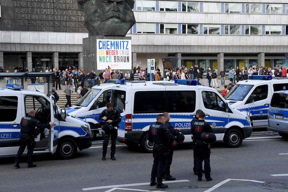 Der Angriff auf Polizeibeamte bei Demonstrationen in Chemnitz ist aufgeklärt.