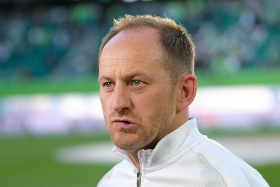 2013 wurde Torsten Lieberknecht in Braunschweig für den Aufstieg in die Bundesliga gefeiert, nach dem Abstieg jetzt in die 3. Liga gefeuert.
