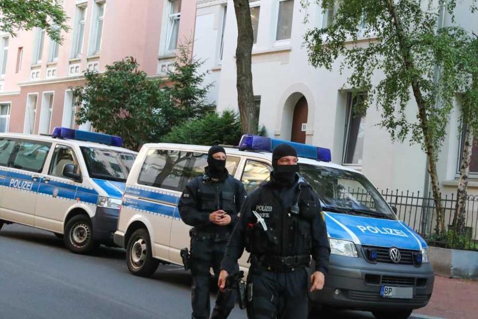 Polizei durchsucht bundesweit Wohnungen wegen Hasspostings