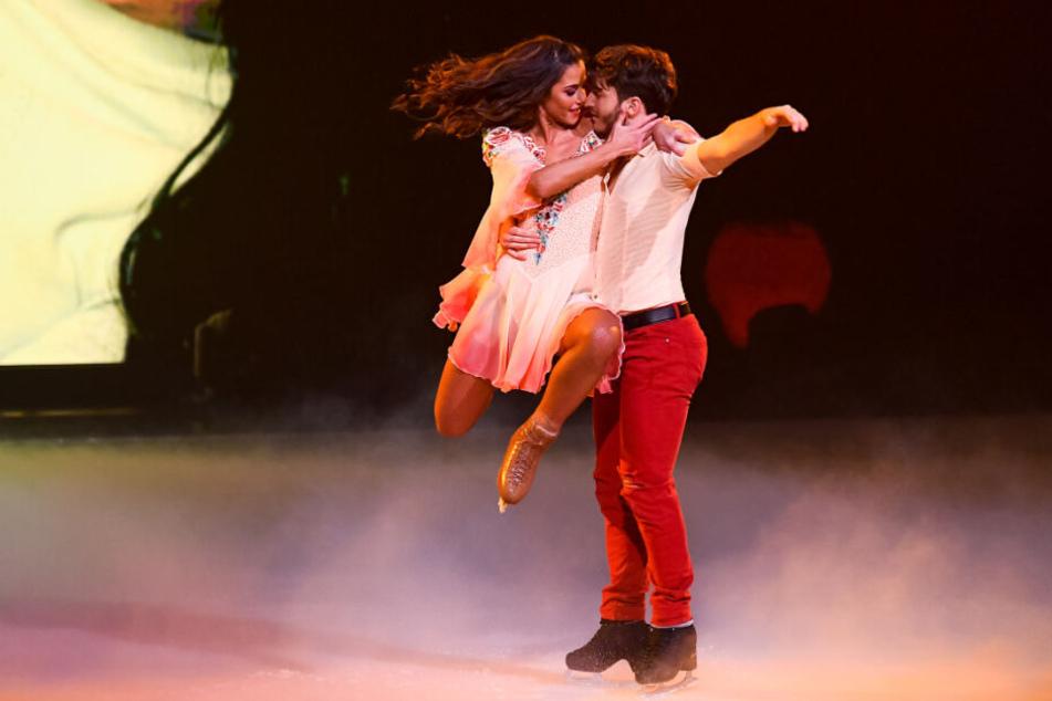 """Mega-Comeback bei """"Dancing on Ice"""": Sarah punktet mit Eistanz für Alessio"""