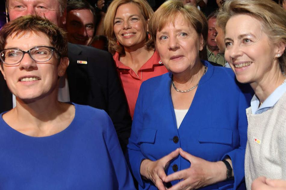 Die Raute überzeugte das Publikum: Angela Merkel gewann das TV-Duell am Sonntag.