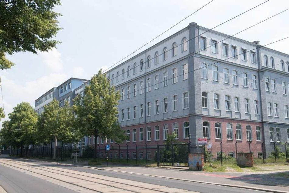 Bewohner von der Hamburger Straße (Foto) liefen offenbar zu der Erstaufnahmeeinrichtung auf der Bremer Straße.