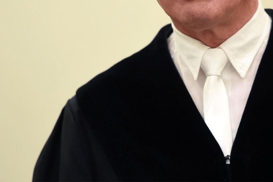 Der Richter wurde zu einer Disziplinarstrafe verurteilt. (Symbolbild)