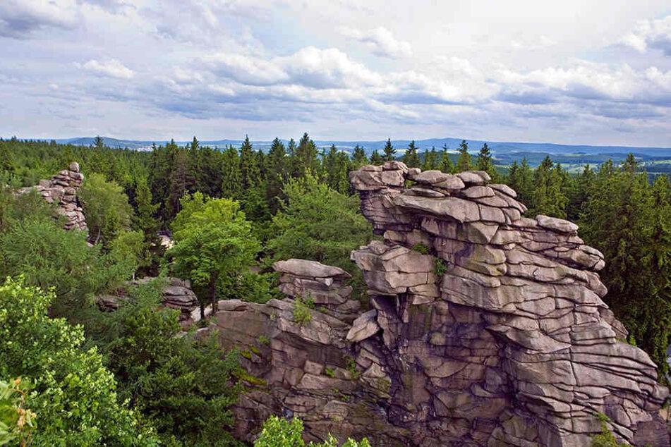Das Gebiet um die Greifensteine bei Geyer ist nicht nur oberirdisch eine Augenweide. Tief unter der Erde werden seltene Schätze vermutet.