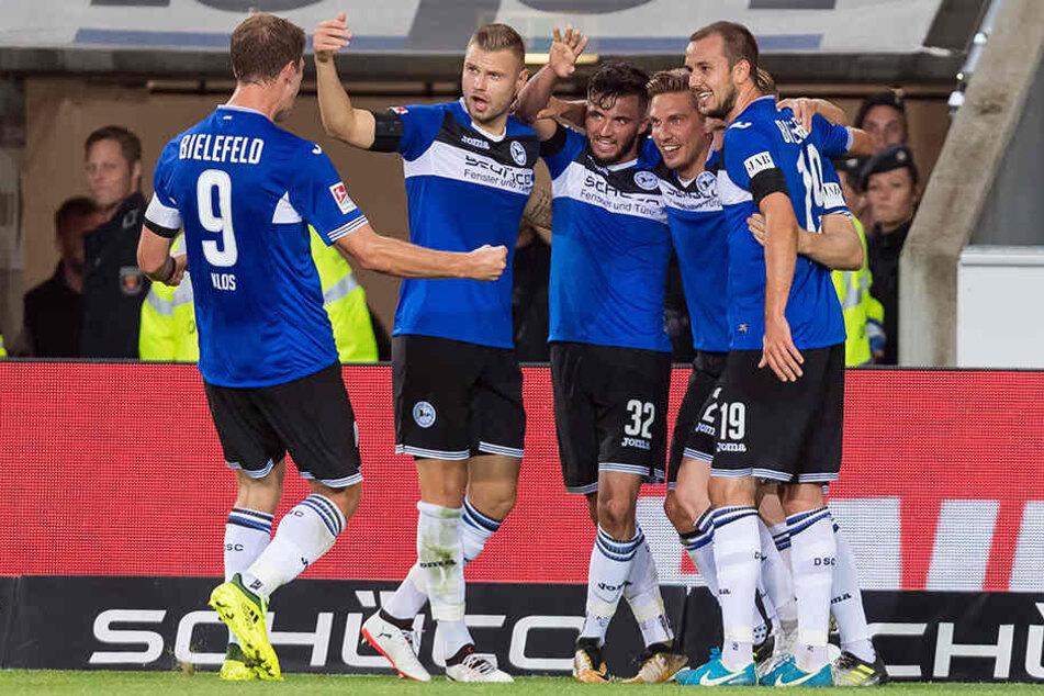 Werden die Bielefelder beim Flutlicht-Spielen endlich über einen Dreier jubeln können?
