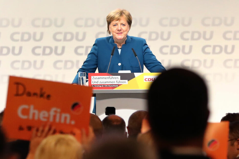 Bundeskanzlerin Angela Merkel (CDU) spricht beim Bundesparteitag der CDU.