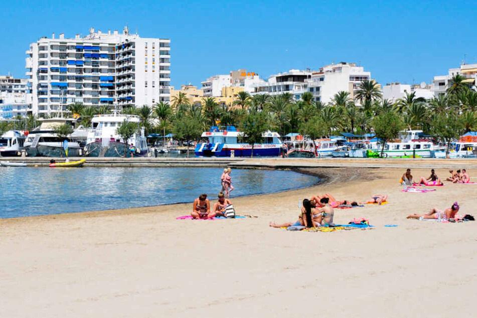 Der schreckliche Übergriff soll sich auf Ibiza ereignet haben. (Symbolbild)