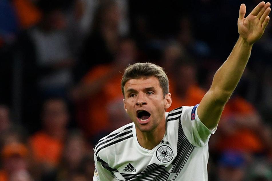 Thomas Müller ist momentan vom Glück verlassen: Weder in der Nationalmannschaft, noch beim FC Bayern München kann der Torschützenkönig der WM 2010 überzeugen.