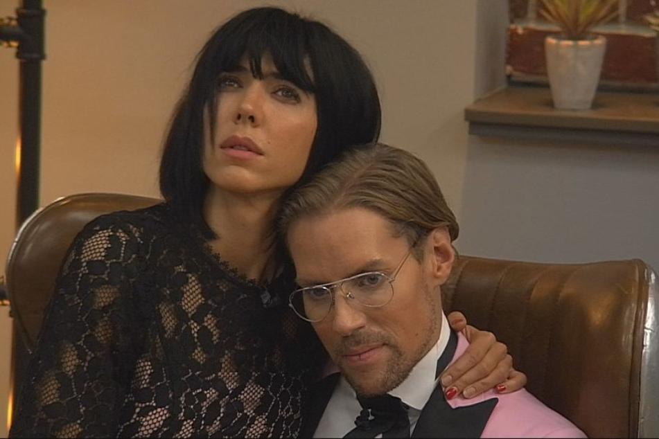 Am Ende waren noch Milo und Jens im Haus. Die Nacktkünstlerin wurde Zweitplatzierte.