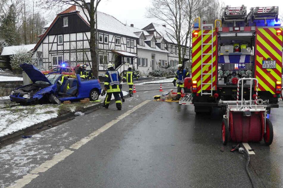 Beide Wagen wurden bei dem Crash total zerstört.