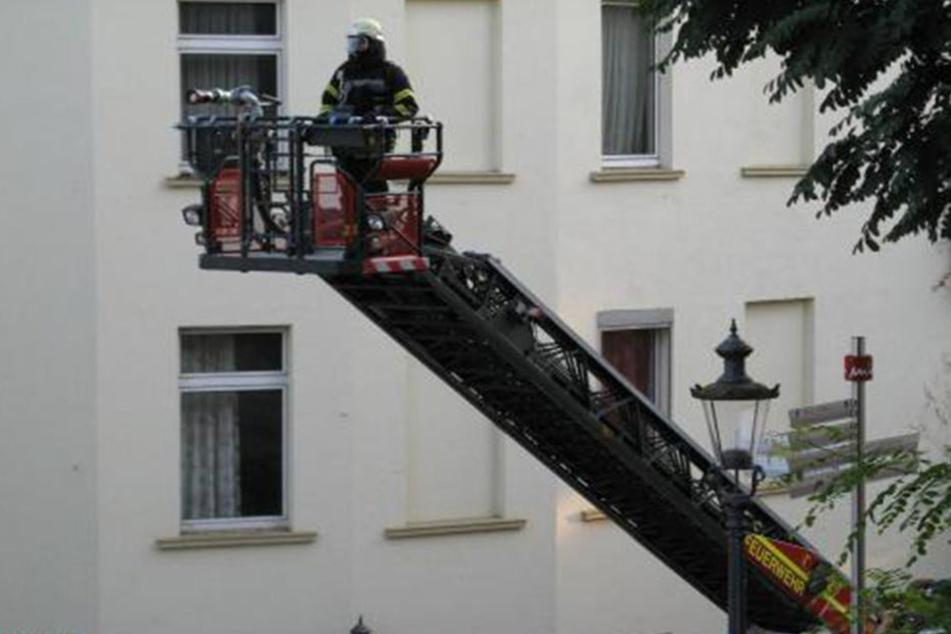 War es Brandstiftung? 100.000 Euro Schaden bei Wohnungsbrand