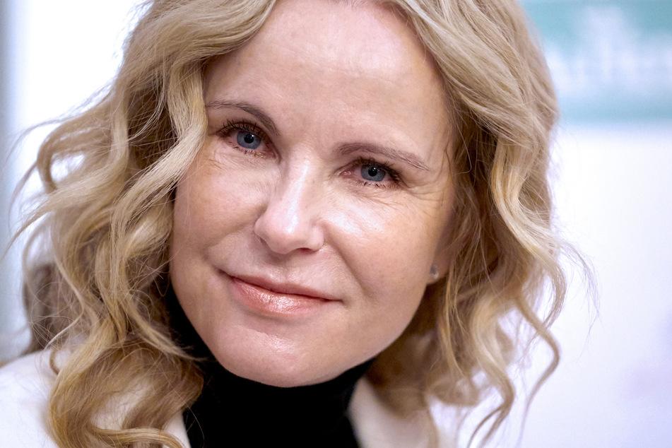 """Katja Burkard moderiert seit 1996 die RTL-Nachrichtensendung """"Punkt 12""""."""