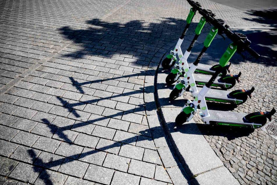 Die E-roller stellen die Städte in Deutschland vor eine Herausforderung- (Archivbild)