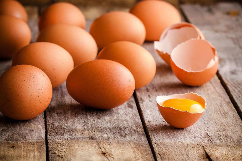 Bereits vor zwei Jahren soll die menschliche Legehenne mit dem Eierlegen begonnen haben. (Symbolbild)