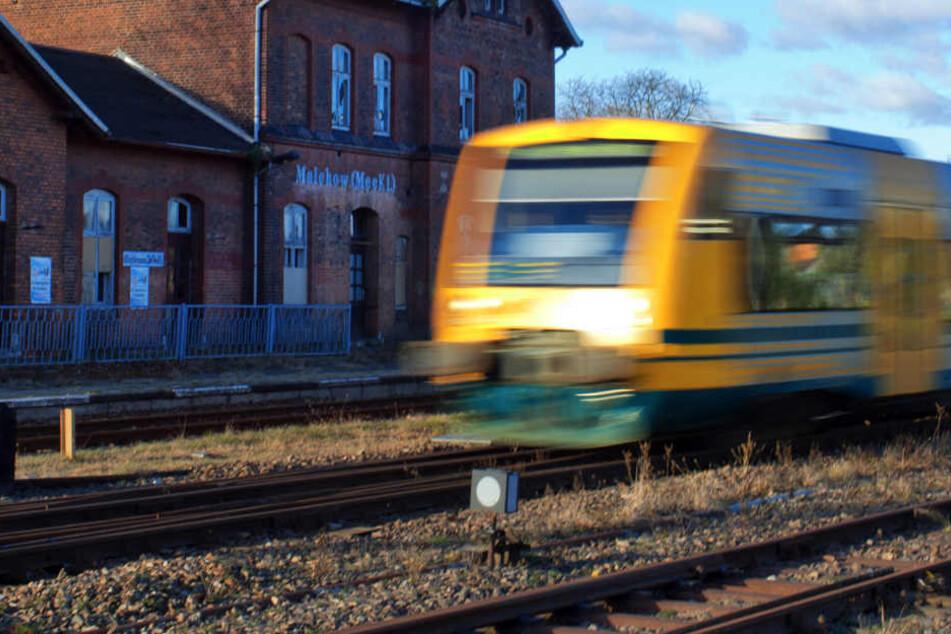 Ihre Aktion am Bahnhof Hagenow wird ein Nachspiel für die Frau aus NRW haben. (Symbolbild)