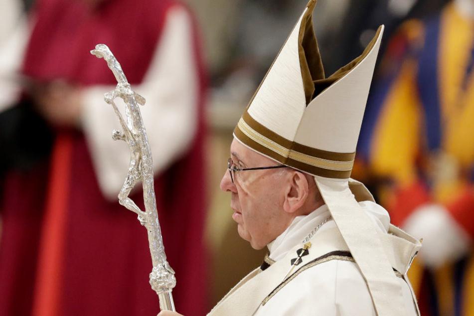 Papst Franziskus hielt seine Messe am Sonntag vor 6.000 Armen ab.