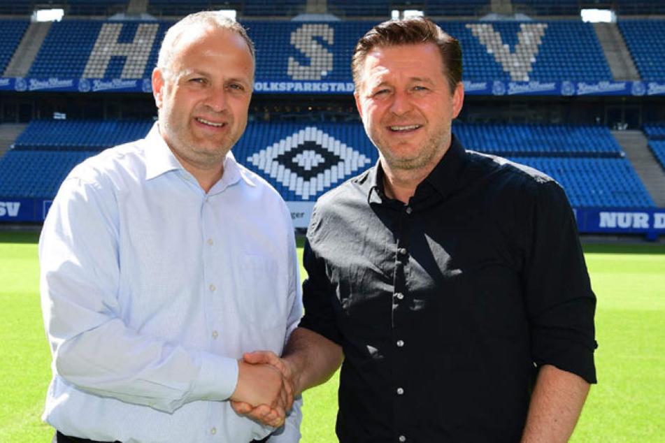 HSV-Vorstand Frank Wettstein (l) mit Christian Titz.