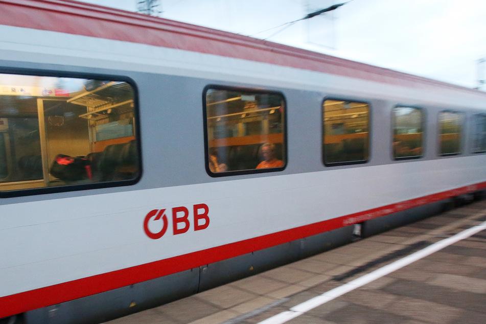 Der Mann muss nun länger mit den Zügen der Österreichischen Bundesbahnen (ÖBB) fahren. (Symbolbild)
