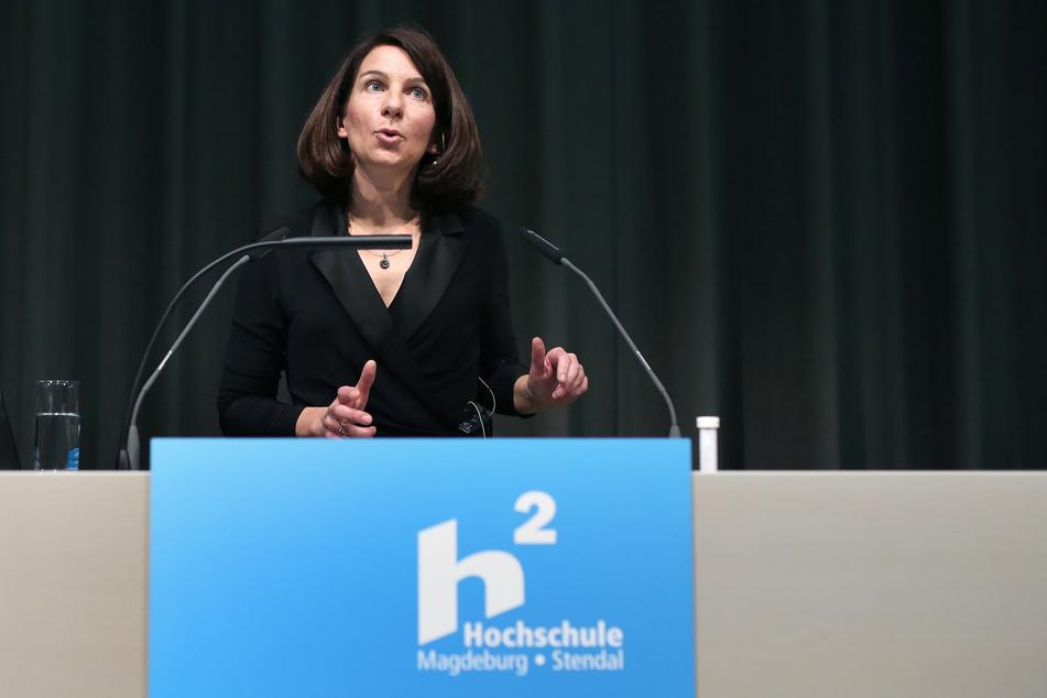 Rektorin Anne Lequy ermöglichte eine unkomplizierte Hilfe für 40 Studierende ihrer Hochschule Magdeburg-Stendal.