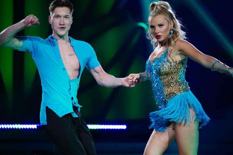 Auch wenn's sexy aussah: Beim Tanzen hat Evelyn Burdecki noch viel Luft nach oben.