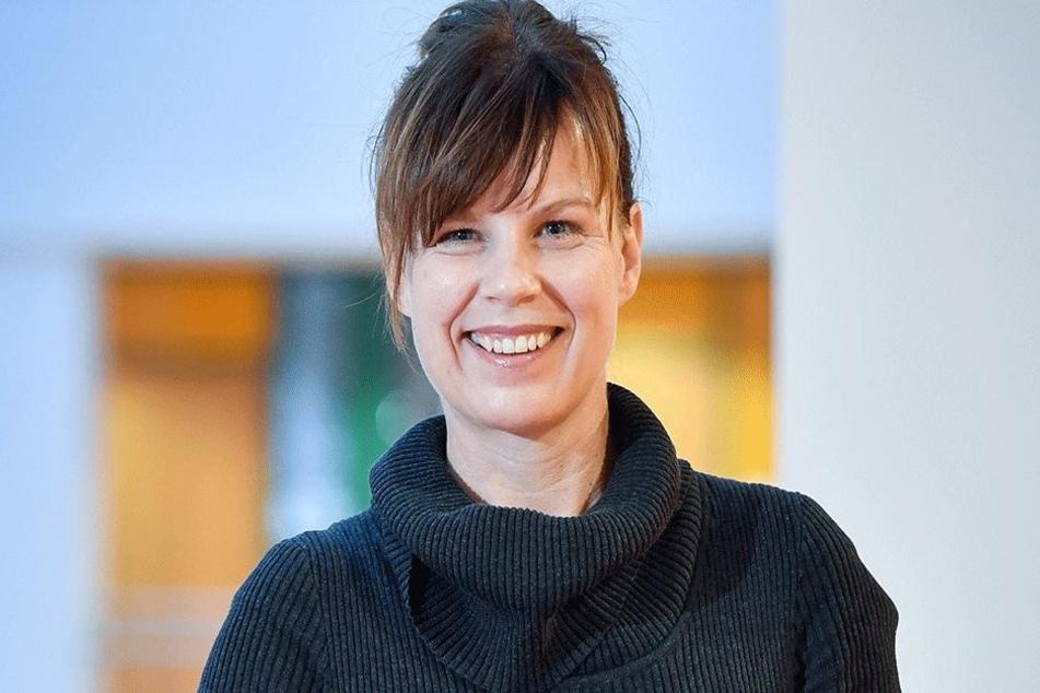 Freut sich über ausgebuchte Computerkurse: Grit Bochmann (47), Chefin der Volkshochschule.