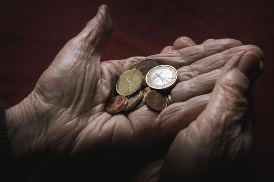 Niedrig-Renten drohen! Aktionen gegen Altersarmut geplant