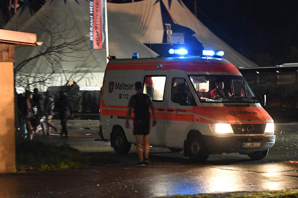 Tot in Camping-Zelt entdeckt! 30-Jähriger stirbt bei Schlager-Festival