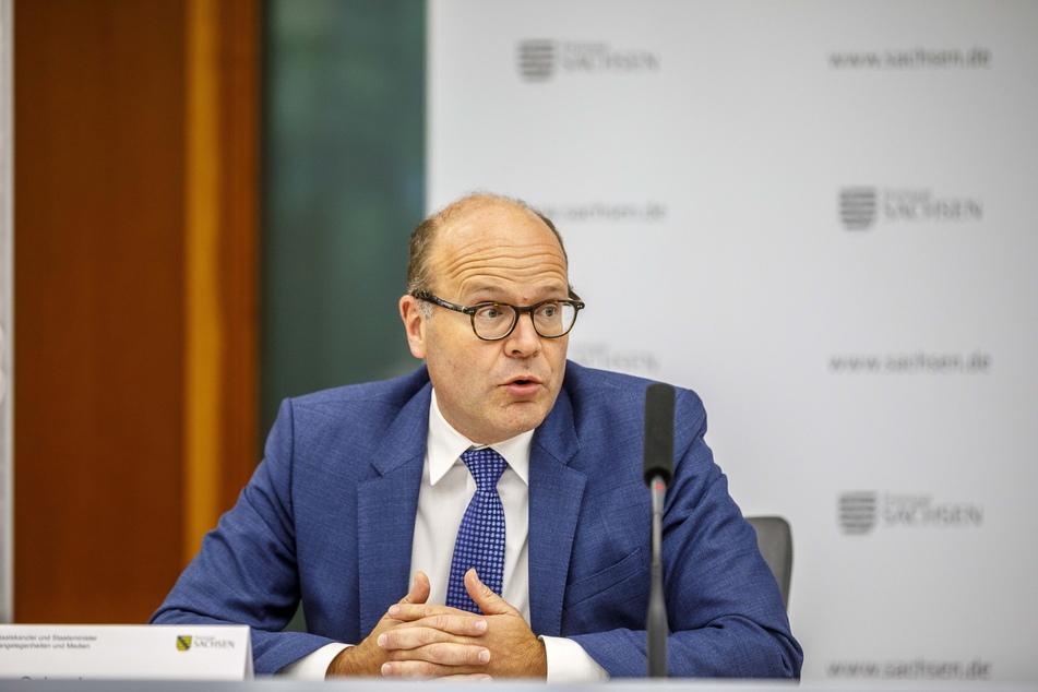 Staatsminister Oliver Schenk (52, CDU).
