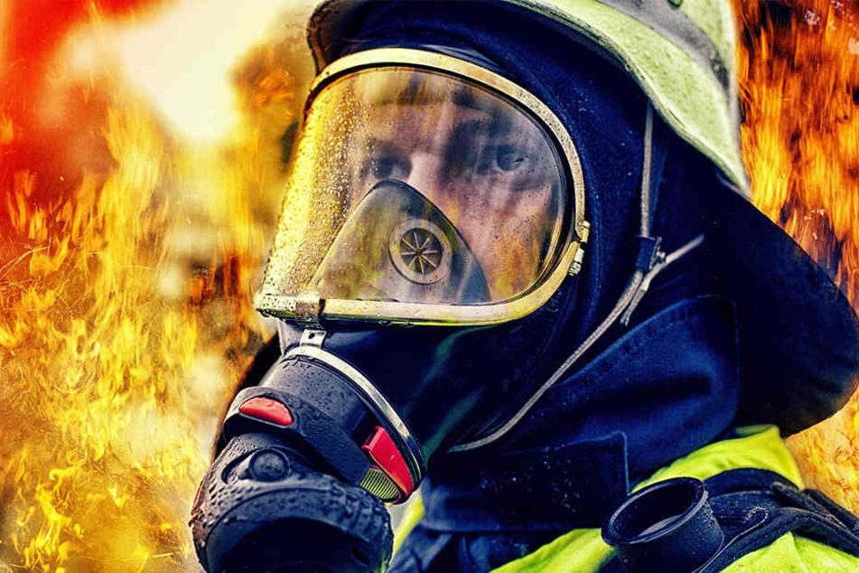 Ein Brand in der Senne löste einen Großeinsatz bei der Feuerwehr aus (Symboldbild).