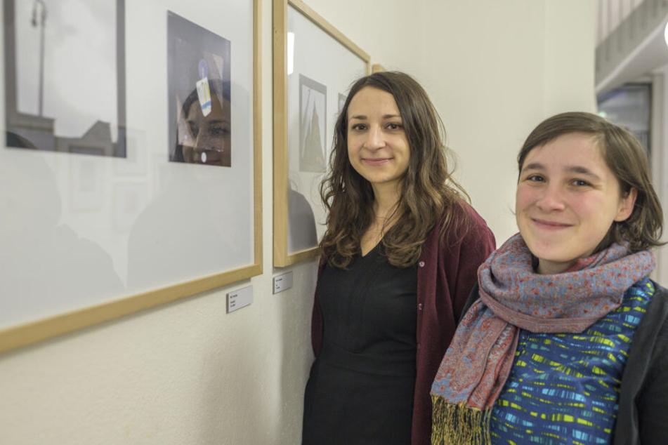 Lehrerin Anna Schüller (28, r.) und Kunstvermittlerin Anna Peplinski (33) begleiteten das Foto-Projekt über drei Monate.