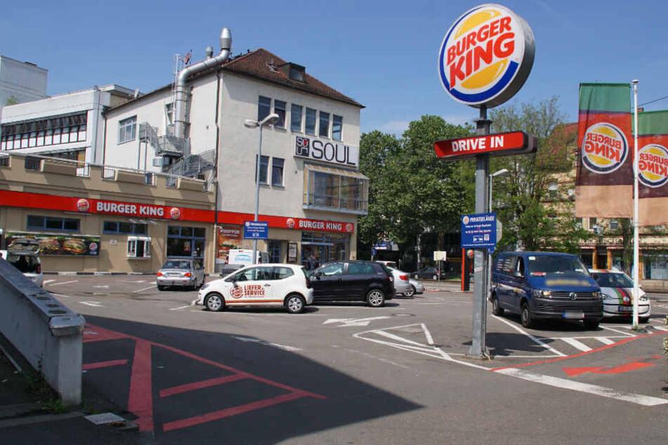 Der Parkplatz der Filiale an der Waiblinger Straße.
