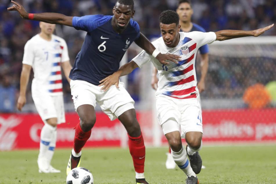 Tyler Adams (19) bestritt bereits neun A-Länderspiele für die USA. Hier war er im Juni im Freundschaftsspiel gegen Frankreich um Paul Pogba (l.) auf dem Feld.