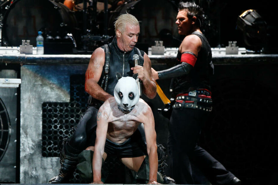 Tourt Sänger Till Lindemann (55) mit seinen Jungs 2019 durch die Lande? Hier beim Wacken-Festival 2013.