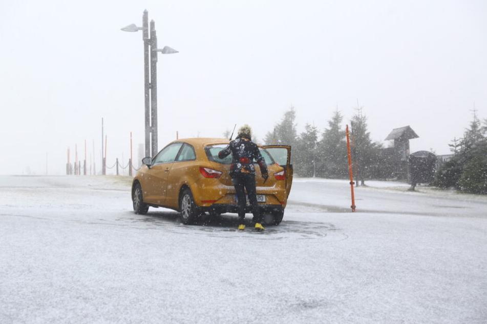 Auf dem Fichtelberg hat es am Freitag schon geschneit.