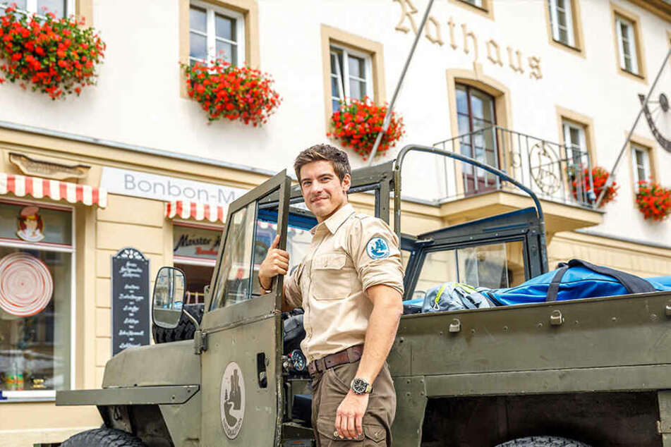 """Philipp Danne (34) dreht noch bis Anfang September in der Sächsischen Schweiz die zweite Staffel von """"Der Ranger""""."""