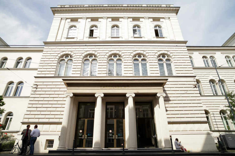 Der Eingang des Bonner Landgerichtes.