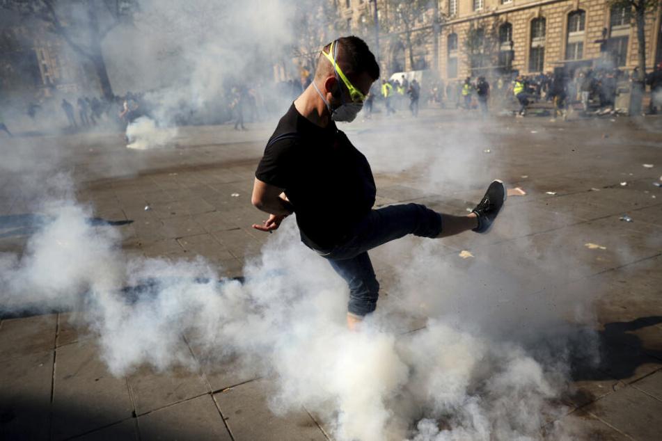 """Die """"Gelbwesten"""" protestierten hauptsächlich im Pariser Osten."""