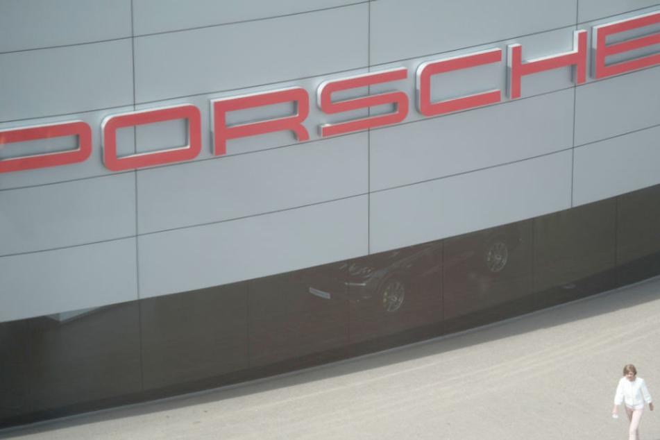 Porsche fordert für Betrugssoftware von Audi bis zu 200 Millionen Euro. (Symbolbild)