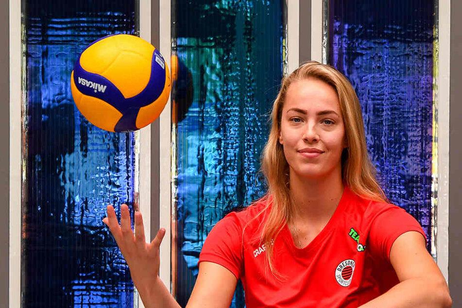 Laura de Zwart freut sich auf die neue Saison beim Dresdner SC. In die Bundesliga wollte die Holländerin unbedingt, jetzt kann sie sich beweisen und um einen Stammplatz kämpfen.