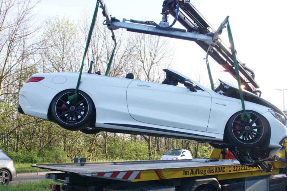 Der Mercedes wurde abgeschleppt.