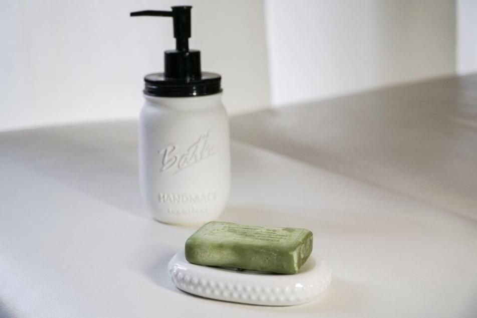 Plastikfrei: Seife mit natürlichen Inhaltsstoffen.