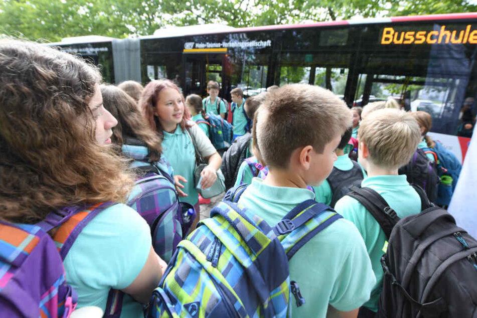 In der Busschule lernen Kinder für's Leben.