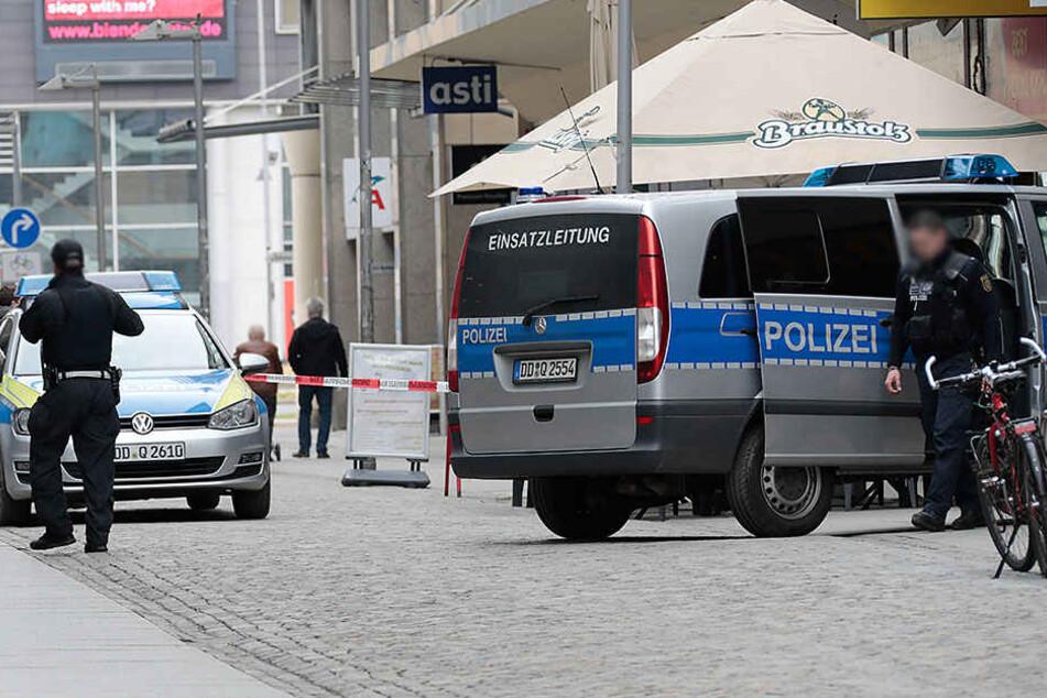 In der Straße am Rathaus wurde ein 20-Jähriger attackiert. (Archivfoto)