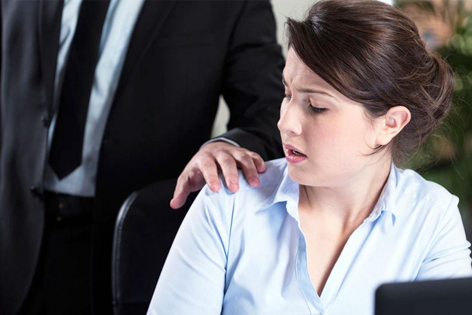 Ein Chef aus Enger soll seine Auszubildende mehrfach sexuell belästigt haben.