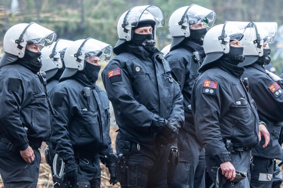 Protest im Dannenröder Forst: A49-Gegnerin nach mutmaßlicher Attacke in U-Haft