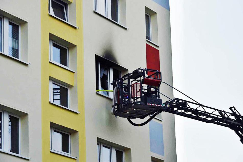 Die Feuerwehr Bautzen musste am Samstag gleich zu zwei Wohnungsbränden ausrücken.