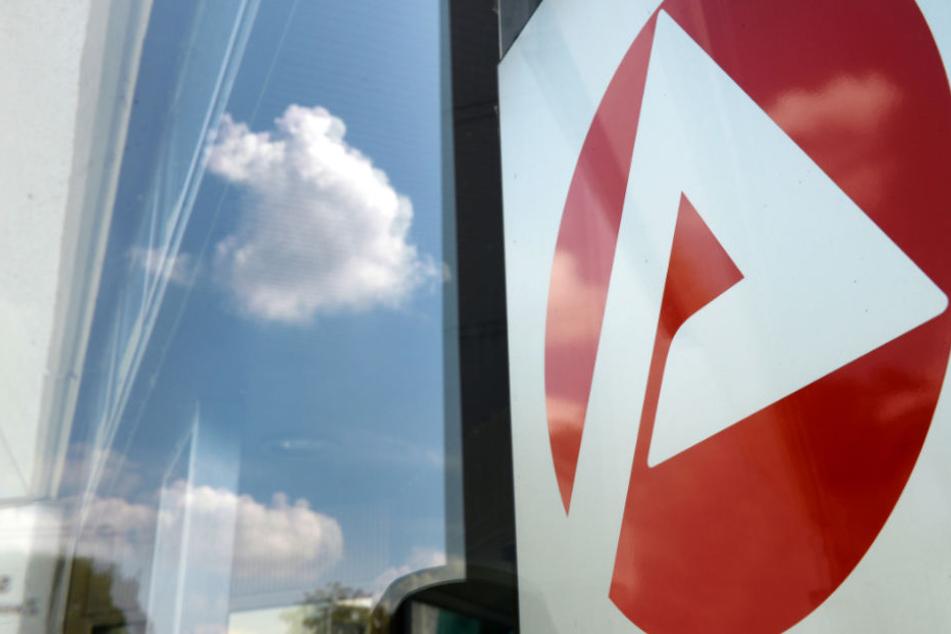 Verdächtiges Paket sorgt für Großeinsatz in Jobcenter